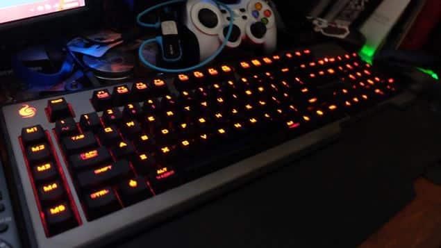 5 Kelebihan dan Kekurangan Mechanical Keyboard